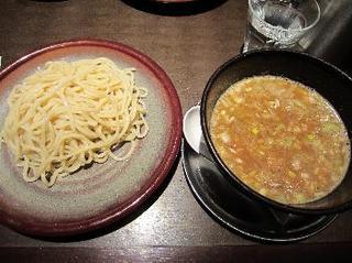 豚つけ 濃厚豚骨魚介スープ.jpg