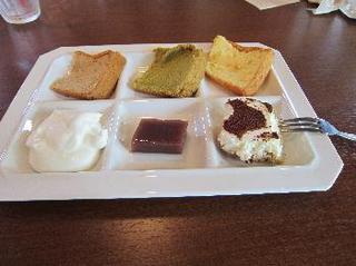 Restaurant of ROSA & BERRY ( ローザンベリーのレストラン ) 3.jpg
